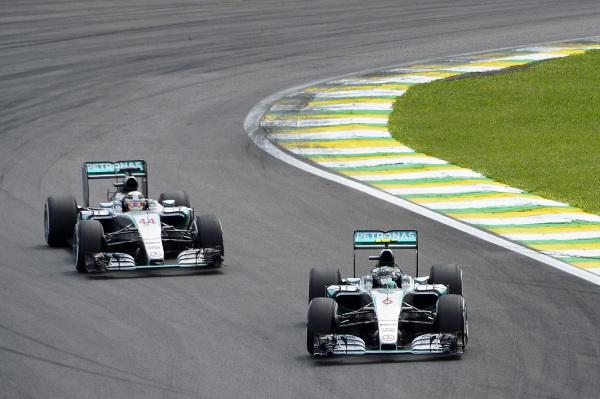 Rosberg_Hamilton_2015_DPPI