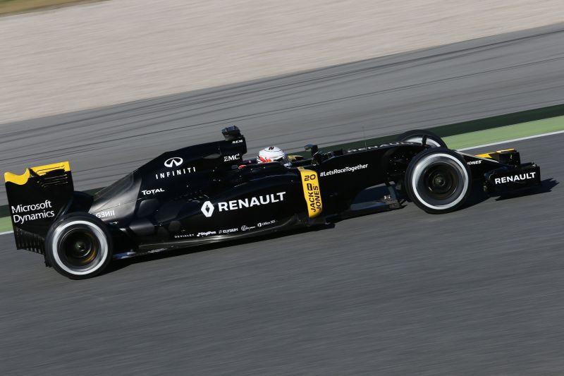 Magnussen_Renault_Barcelona2