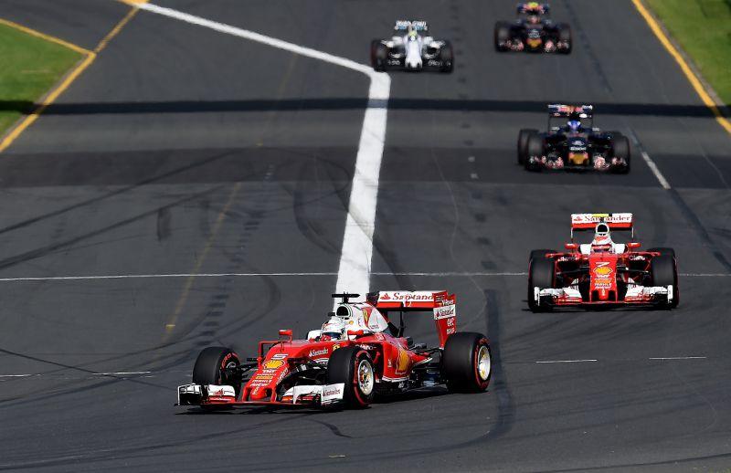 Vettel_Raikkönen_Melbourne_Ferrari