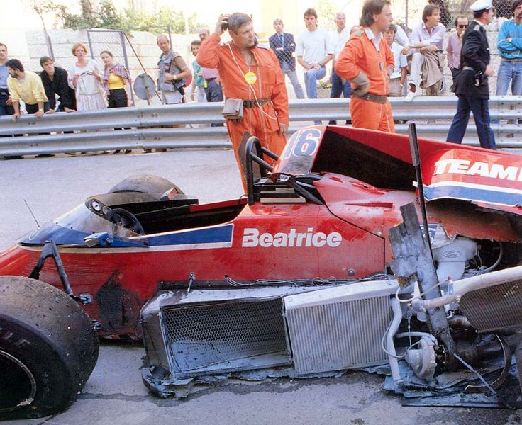 teamhaas-tambay-crash-1986-monaco