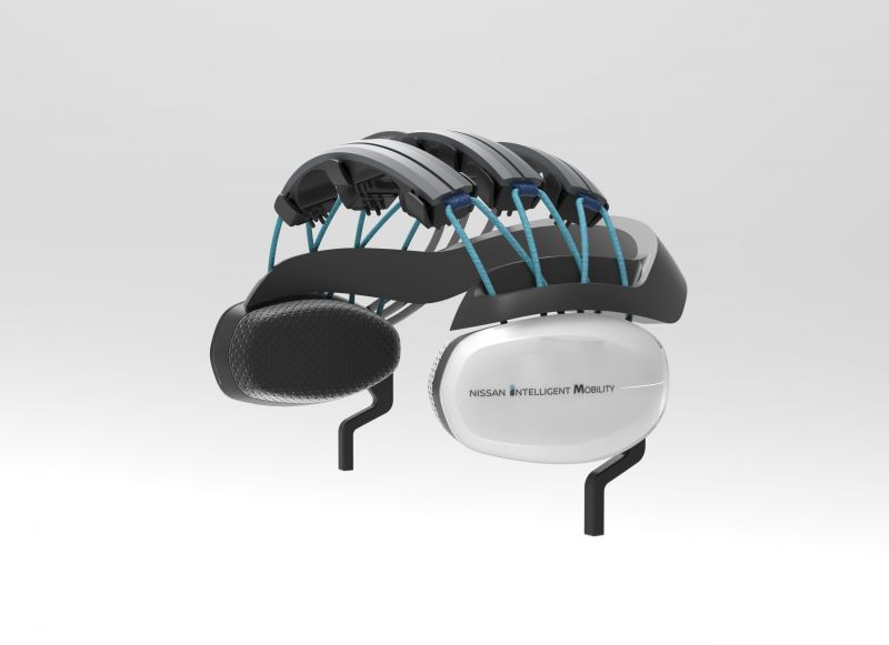 nissan-brain-to-vehicle_technology-headset
