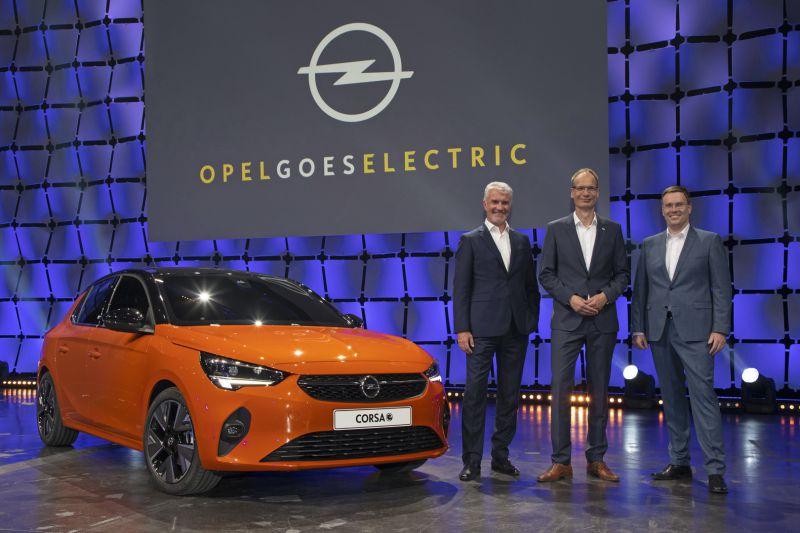 2019-Opel-goes-Electric-Adams-Lohscheller-Mueller-507076_resize