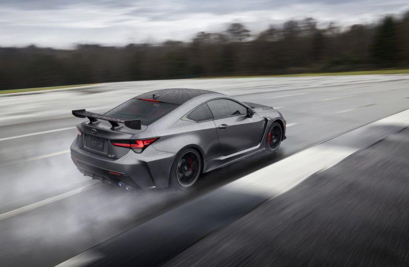 Lexus_RC_F_Track_Edition_8_1