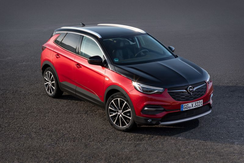 Opel-Grandland-X-Hybrid4-506694_resize