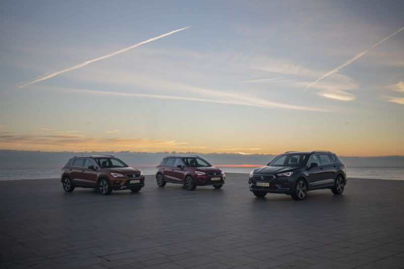 SEATs-three-SUVs-on-the-road-together-for-the-first-time_001_HQ_small