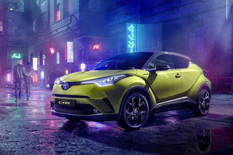 Toyota_C_HR_Neon_Lime_1