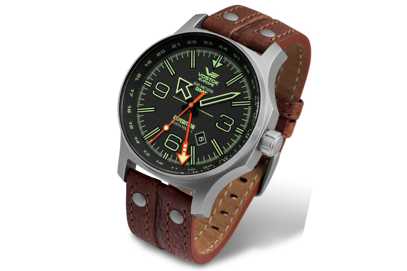 515.24H-595A501-Expedition-with-Leather-strap-White-Background_