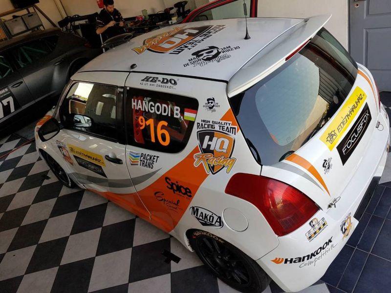 hq-racing-hangodi-bendeguz-hungaroring-elott-01