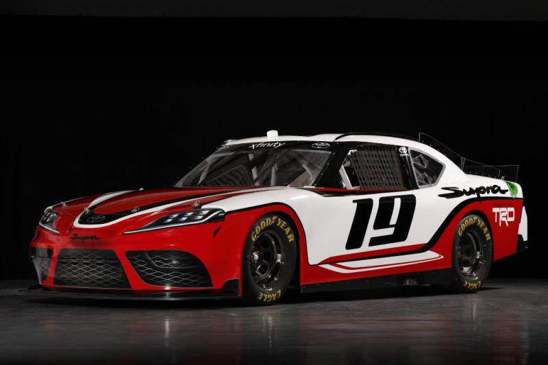 NASCAR_Xfinity_Toyota_Supra_001