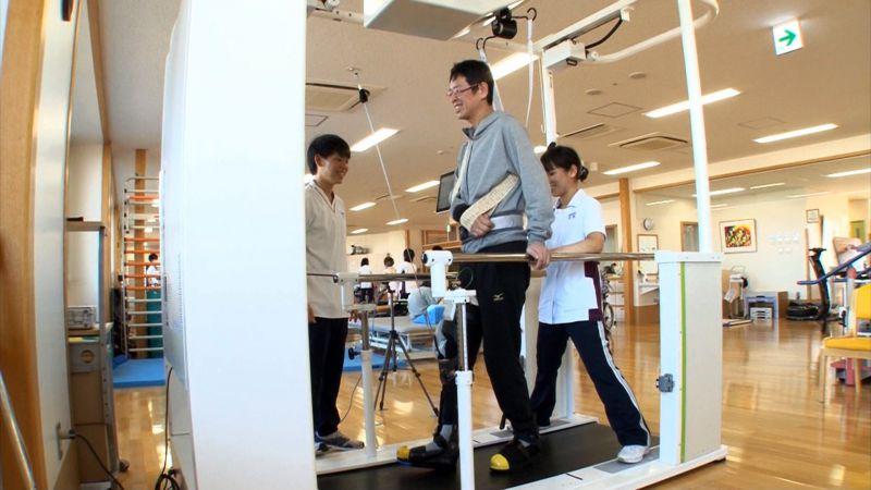 toyota-rehabilitacios-robot-3