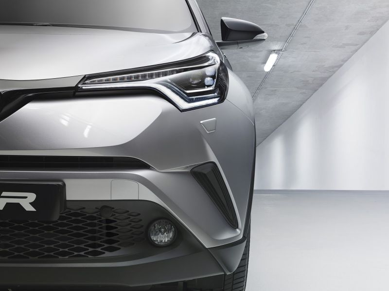 toyotachr2016hiv04
