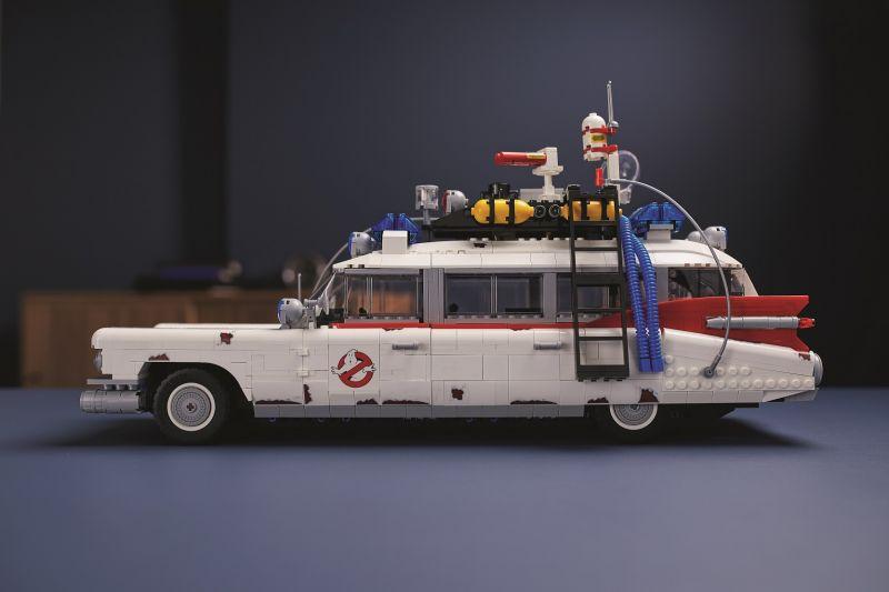 10274_LEGO Szellemirtók ECTO-1_1