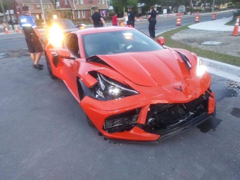 Corvette-Crash_2_1-768x576
