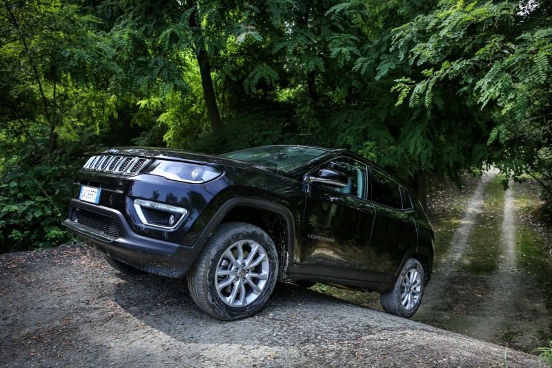 Jeep Compass Limited_4xe (12)