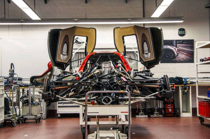 96-toyota-gt-one-wake-up-disassembled