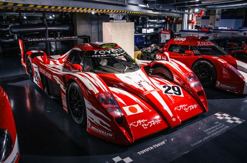 99-toyota-gt-one-wake-up-lead