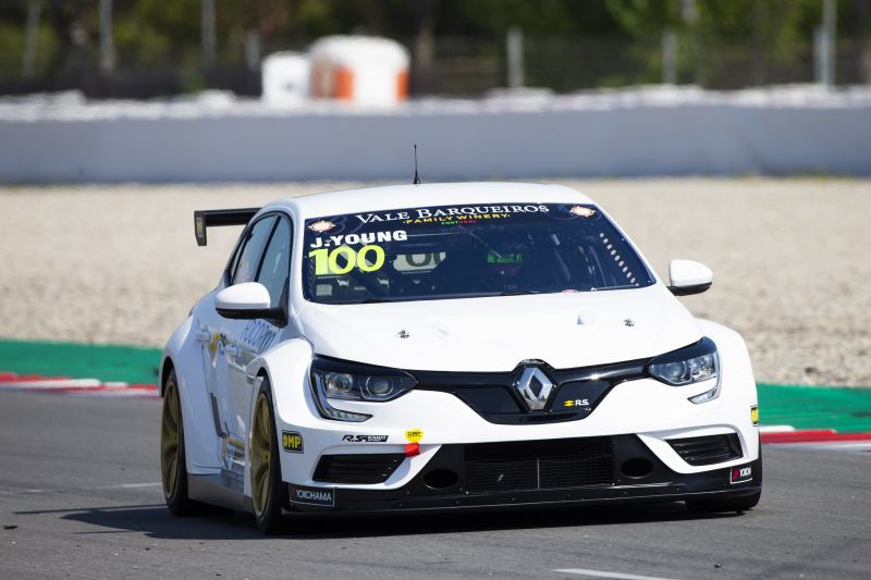 jack-young-renault-tcr