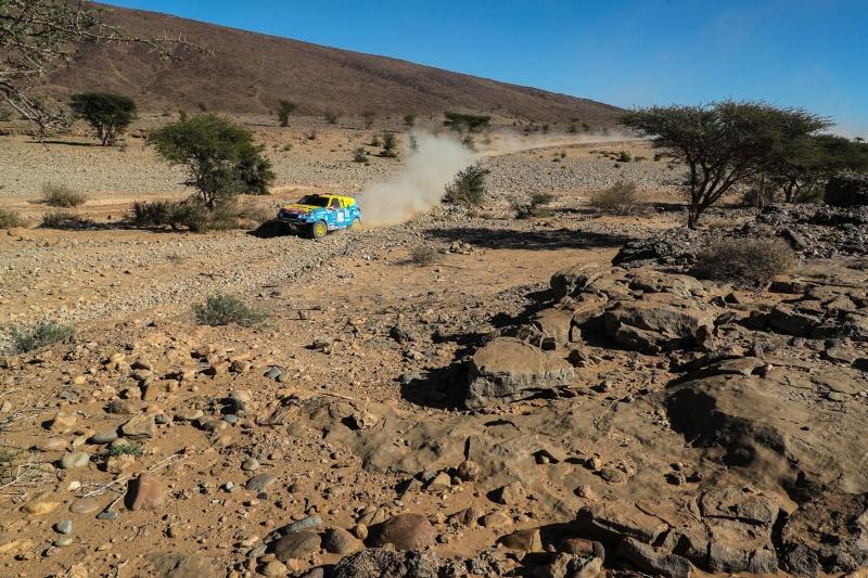 opel-dakar-team-africa-race