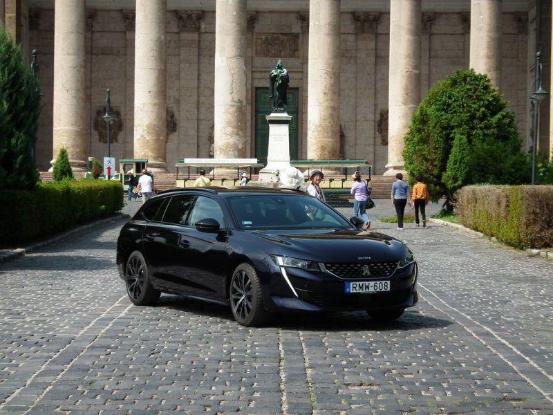 Peugeot-508SW-01
