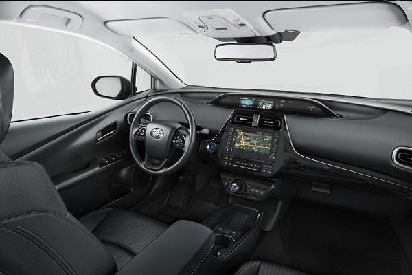 Toyota_Prius_Plug_in_Hybrid_7