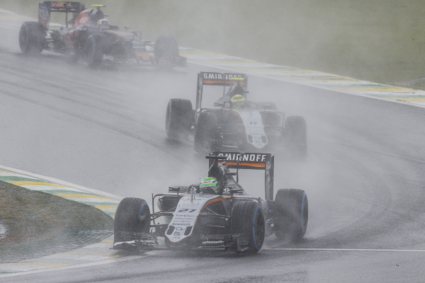 02-hulkenberg-2016-interlagos