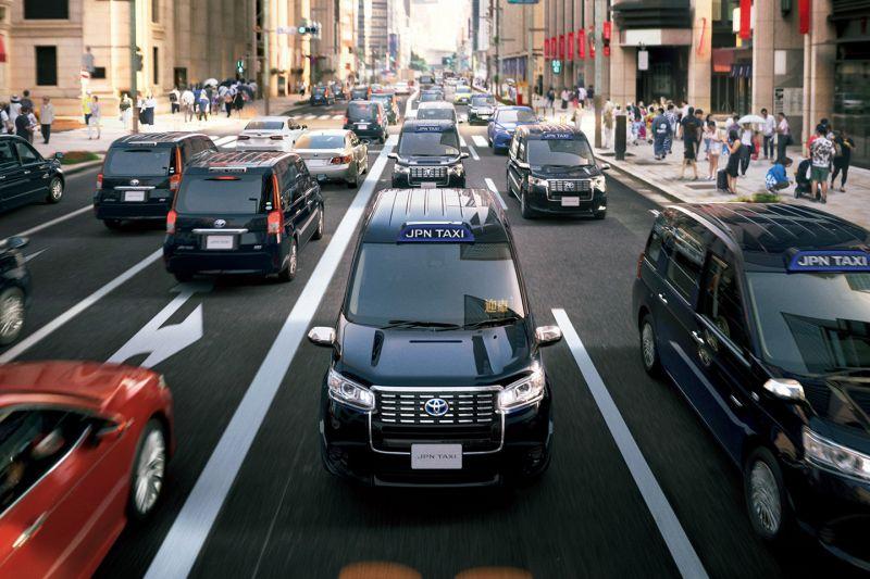 Toyota_JPN_Taxi_7