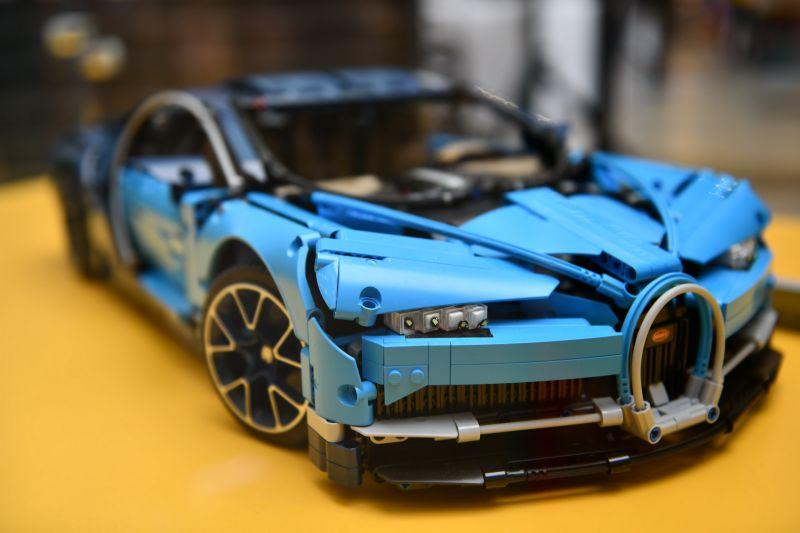 LEGO Technic Bugatti Chiron_termek_resize