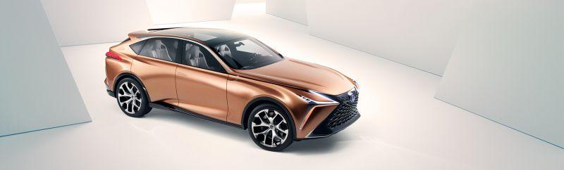 Lexus_LF_1_Limitless__oncepcio_1