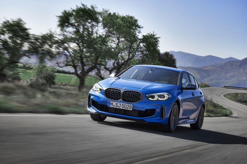 P90349565_highRes_the-all-new-bmw-1-se_resize
