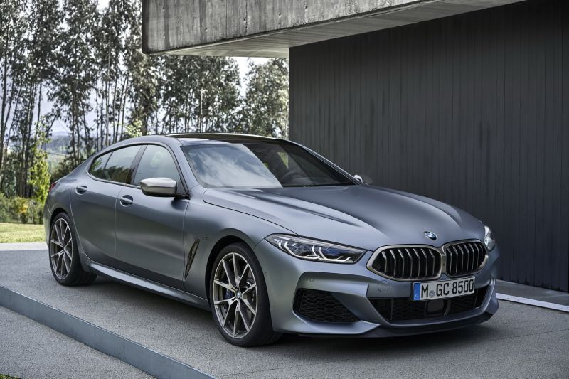 P90351063_highRes_the-new-bmw-8-series_resize