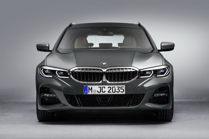 P90351251_highRes_the-new-bmw-3-series_resize