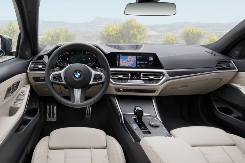 P90352597_highRes_the-new-bmw-3-series_resize