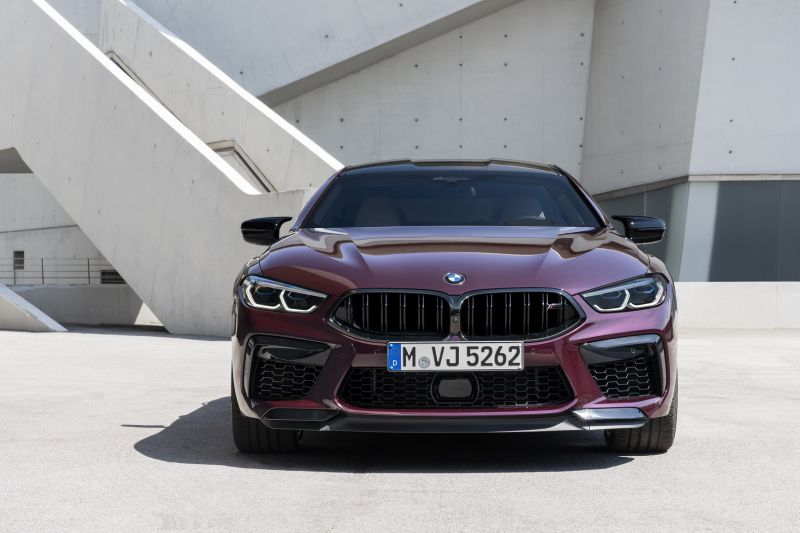 P90369559_highRes_the-new-bmw-m8-gran-_resize