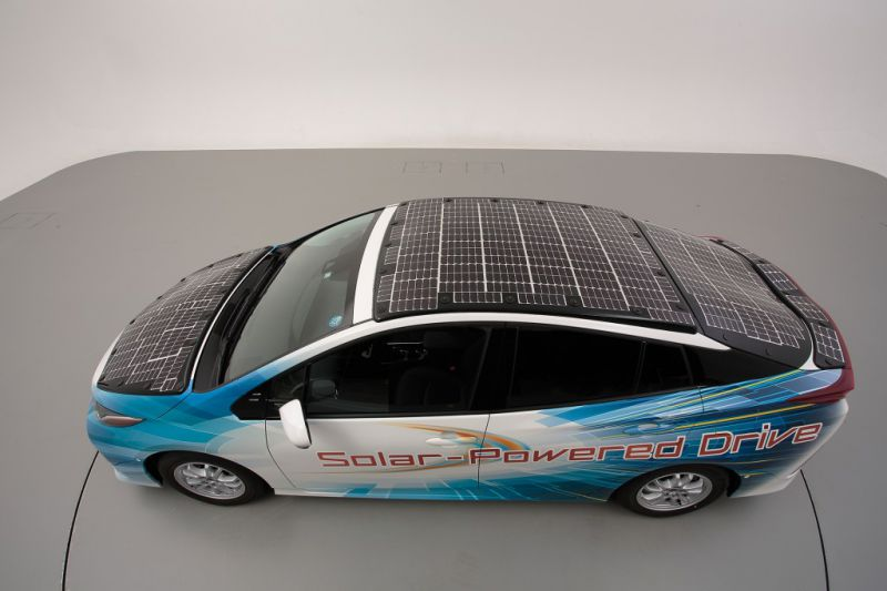 Toyota_Prius_Plug_in_Hibrid_napelem_9