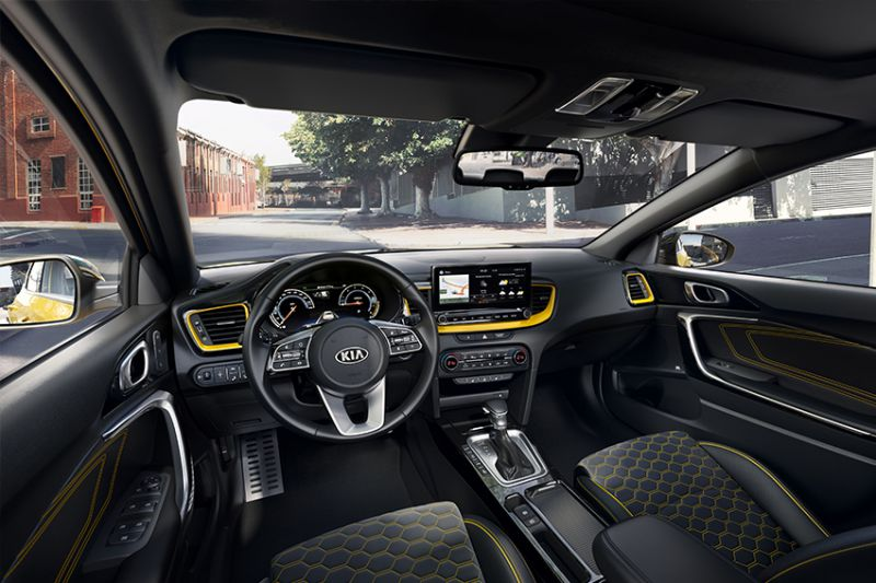 kia_pressrelease_2018_PRESS_850x567_xceed_interior