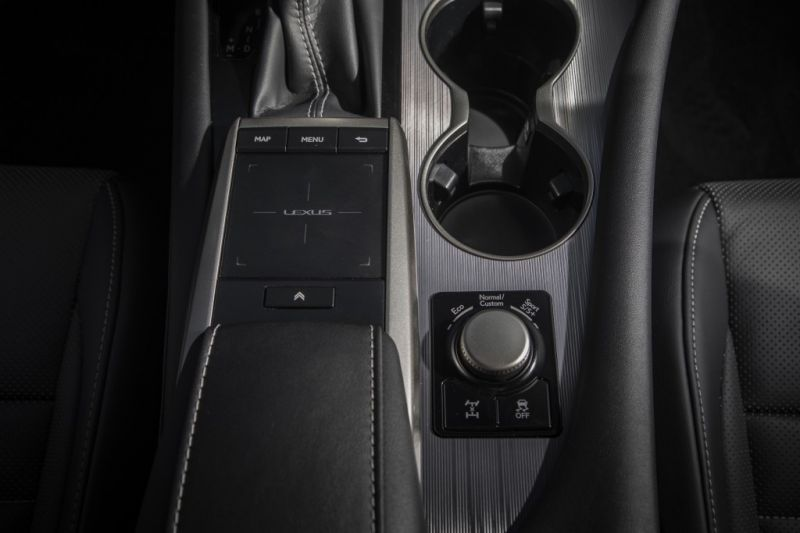 Lexus_RX_2
