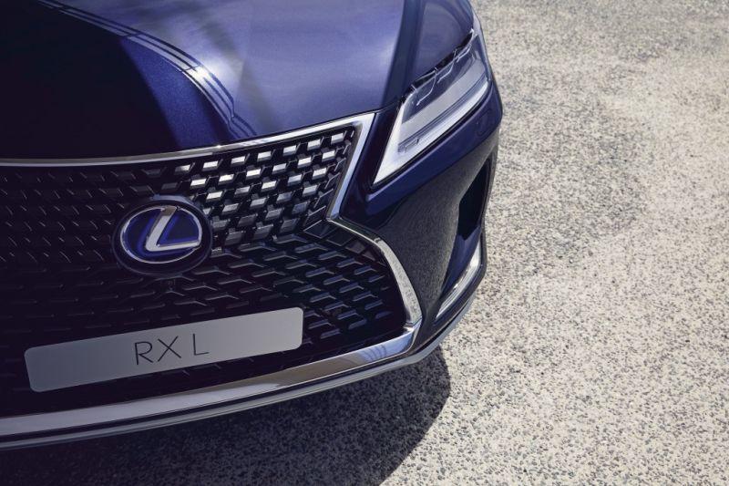 Lexus_RX_6