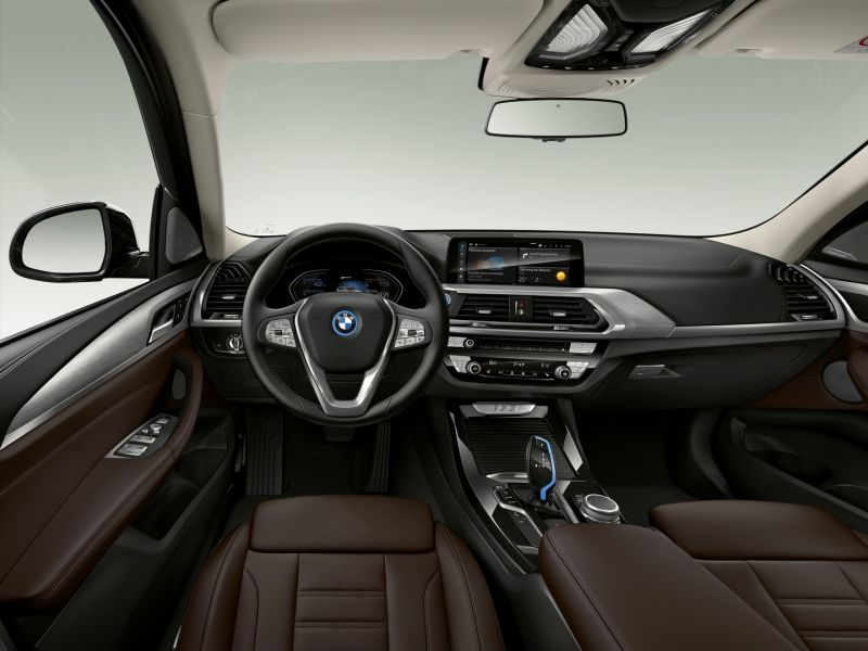 P90393411_highRes_the-first-ever-bmw-i_resize