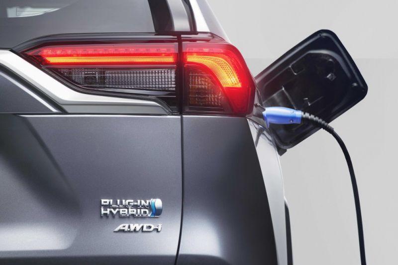 Toyota_RAV4_Plug_in_Hybrid (4)