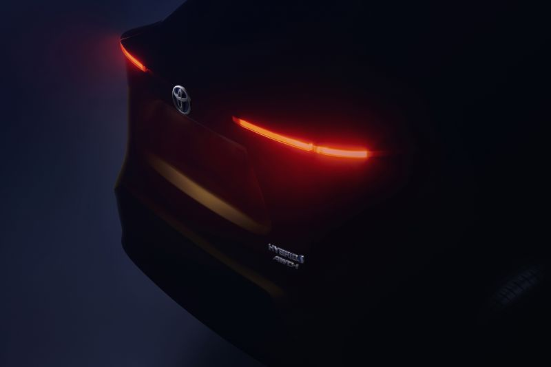 vadonatuj_Toyota_B_SUV_