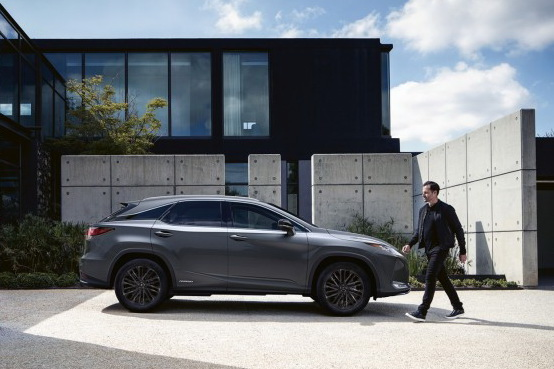 Lexus_RX_Special_Edition_2