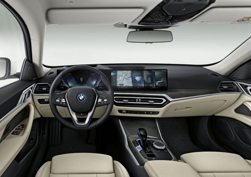 P90422899_highRes_bmw-i4-interieur_resize