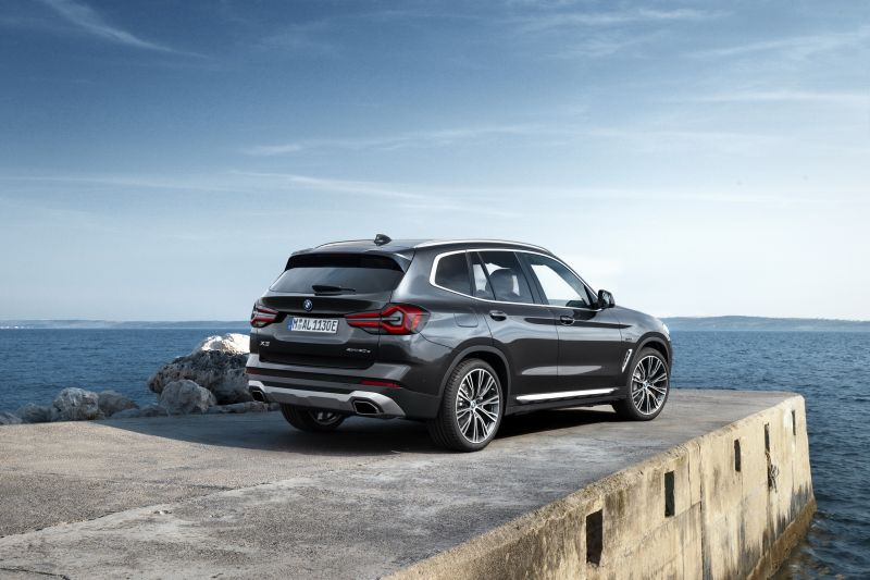 P90424718_highRes_the-new-bmw-x3-xdriv_resize