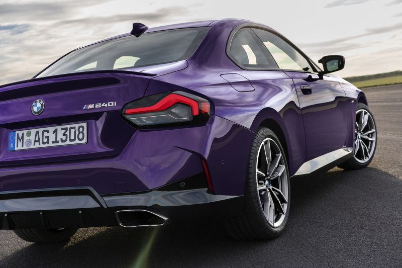 P90428462_highRes_the-all-new-bmw-m240_resize