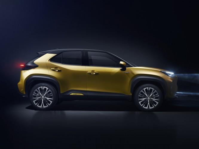Toyota_Yaris_Cross_4