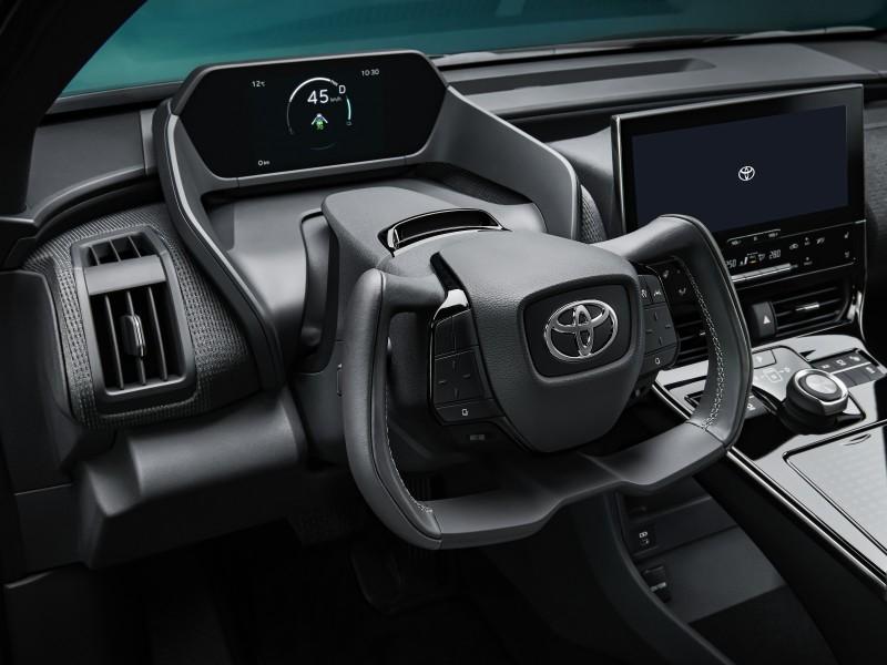 Toyota_bZ4X_koncepcio (9)
