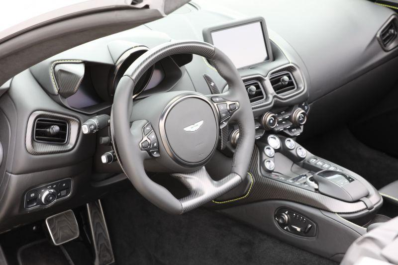 menetproba-2021-aston-martin-vantage-roadster-02