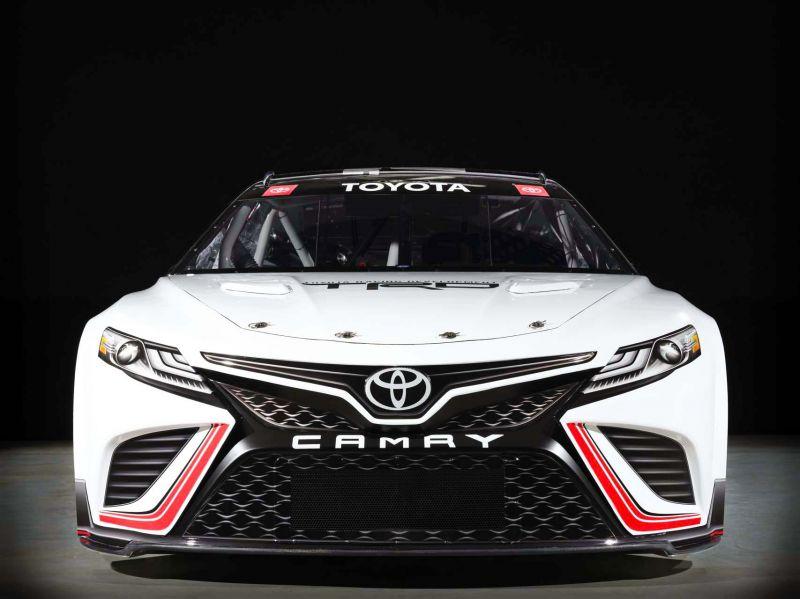 toyota-trd-camry-next-gen-nascar-race-car_100791021_h