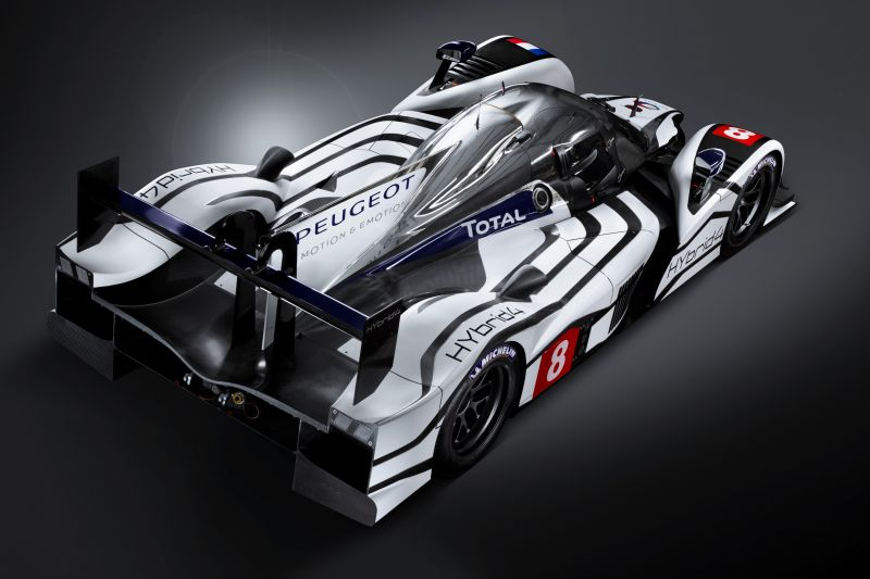 Peugeot_908_hybrid4_1