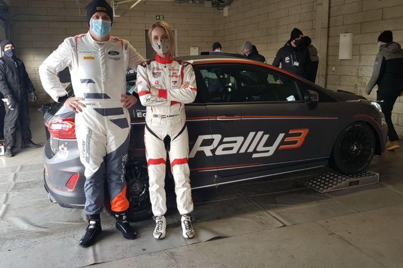 vogel-adrienn-m-sport-teszt-ford-2021
